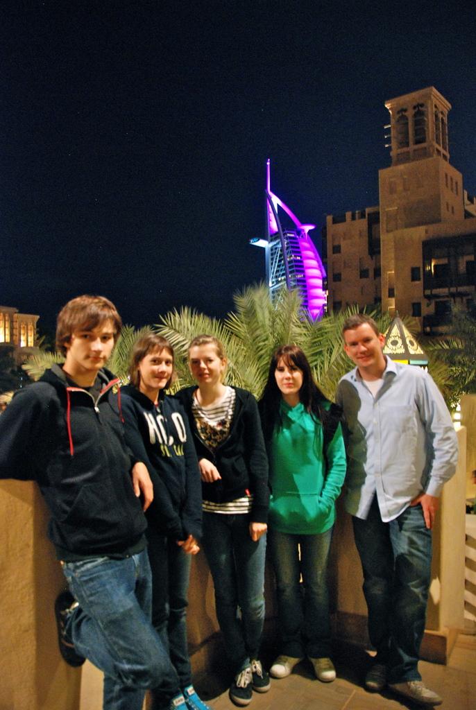 Die ILS Klasse sendet Grüße aus Sharjah