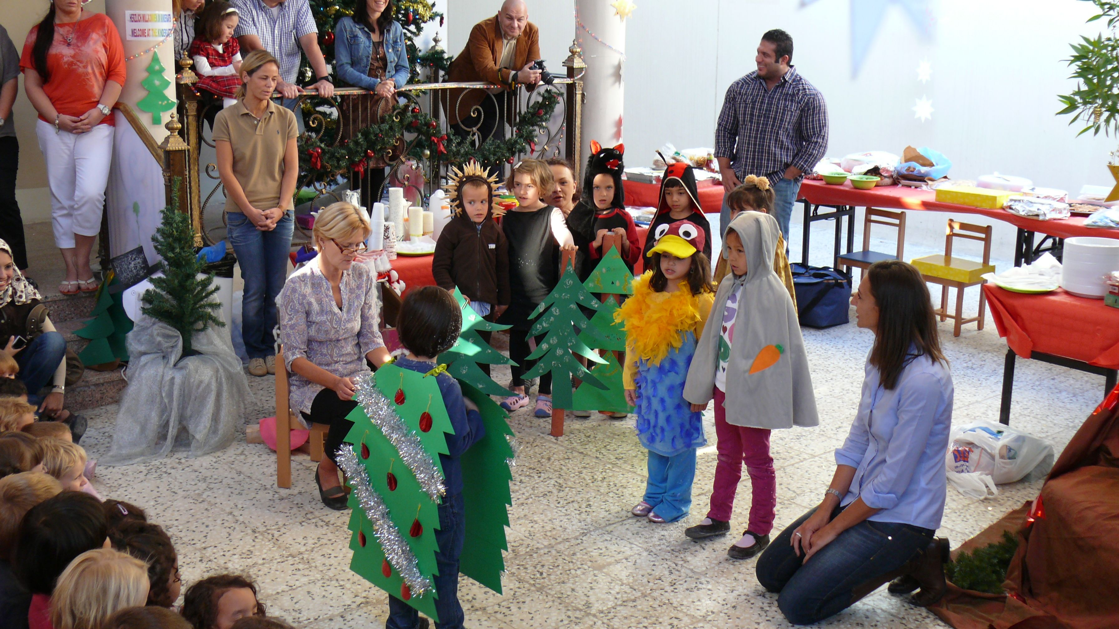 "On Friday, 2nd December 2011, children were singing: ""O Tannenbaum, o Tannenbaum"