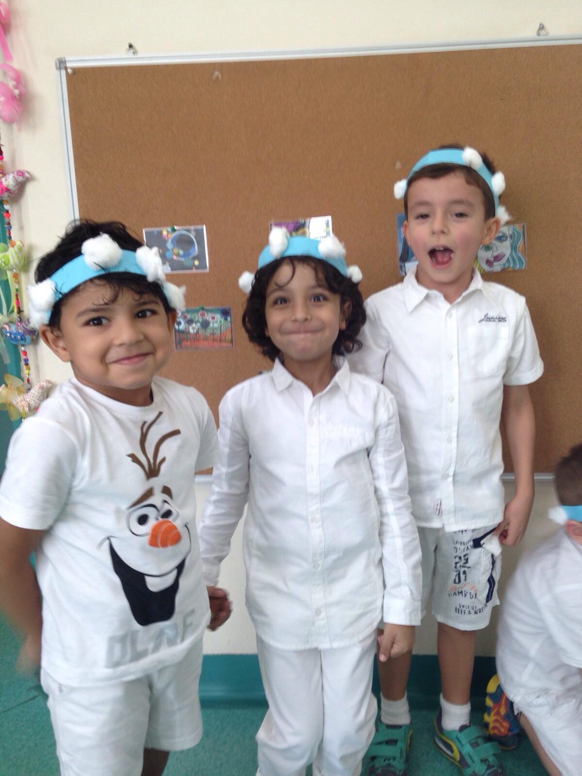 Bilder · Winterbasar Kiga/Grundschule 2015