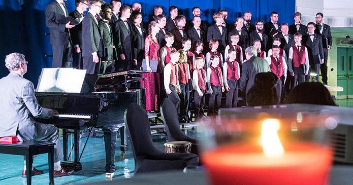 Fifty/Fifty Chor-Konzert an der Schule